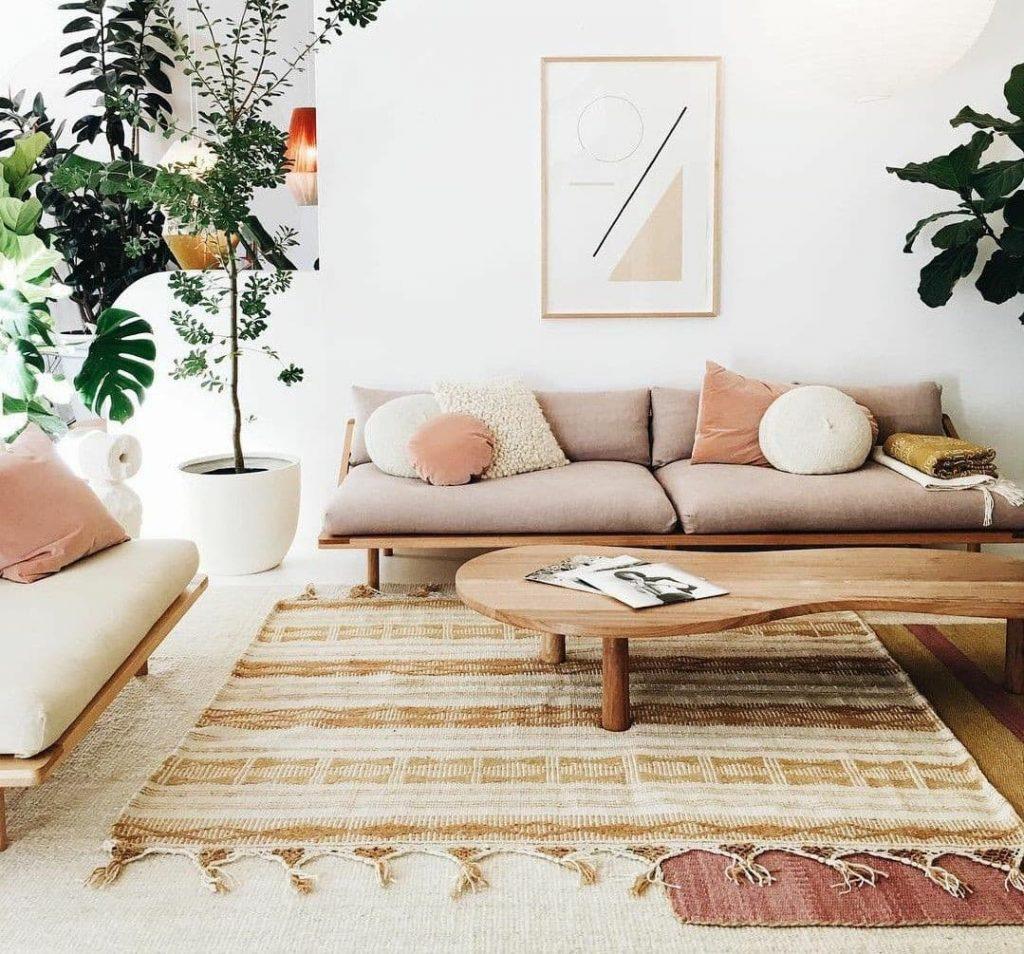 composição de tapetes para a decoração da casa alugada.