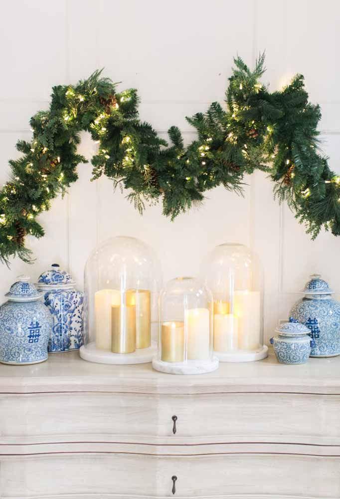 Decoração de natal com velas.