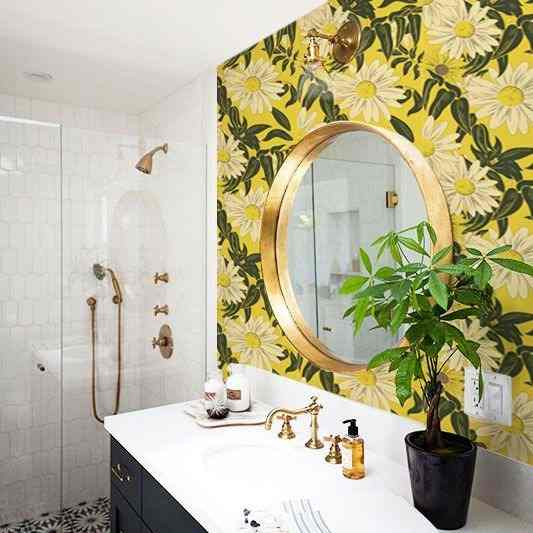 papel de parede de girassol no lavabo.